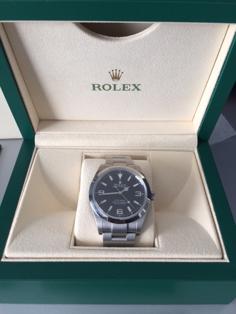 Rolex Explorer I 39mm - Complete Set Near Mint